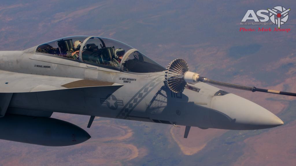 tanker air to air_-35
