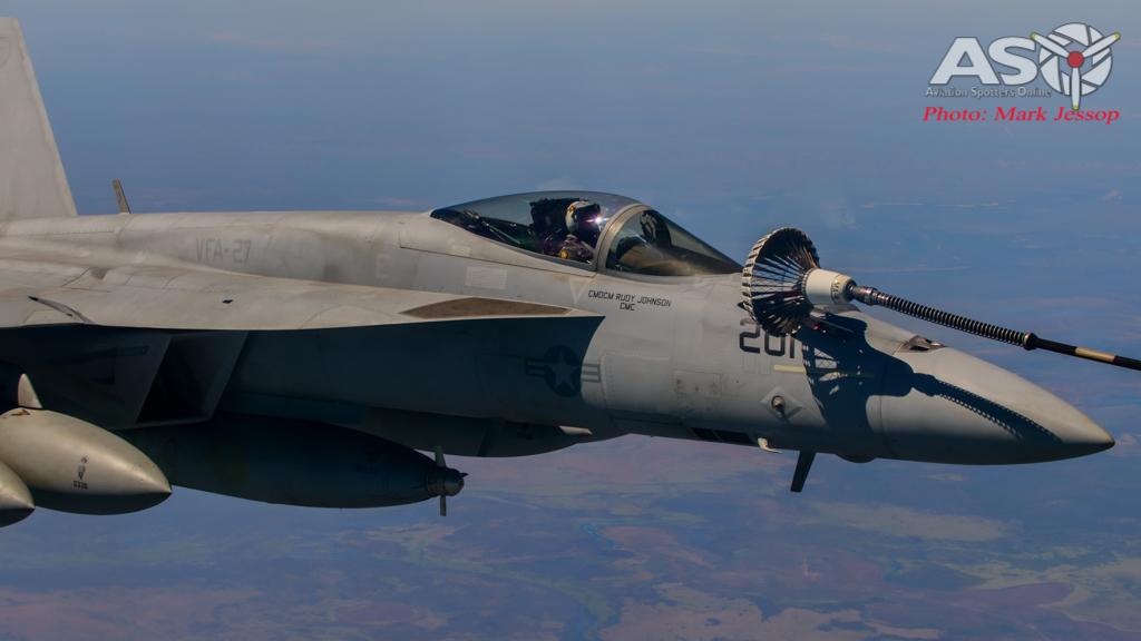 tanker air to air_-39