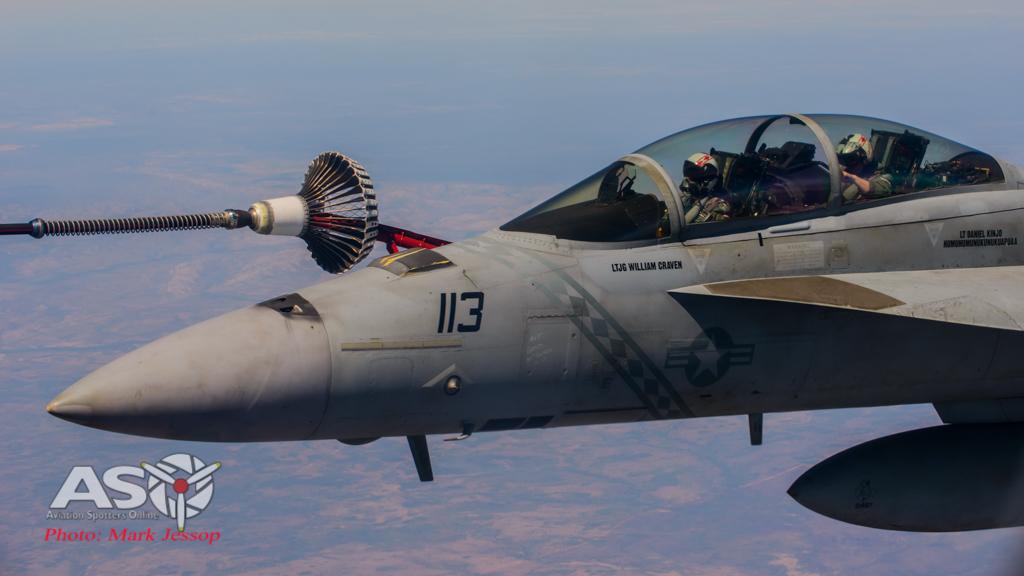 tanker air to air_-47