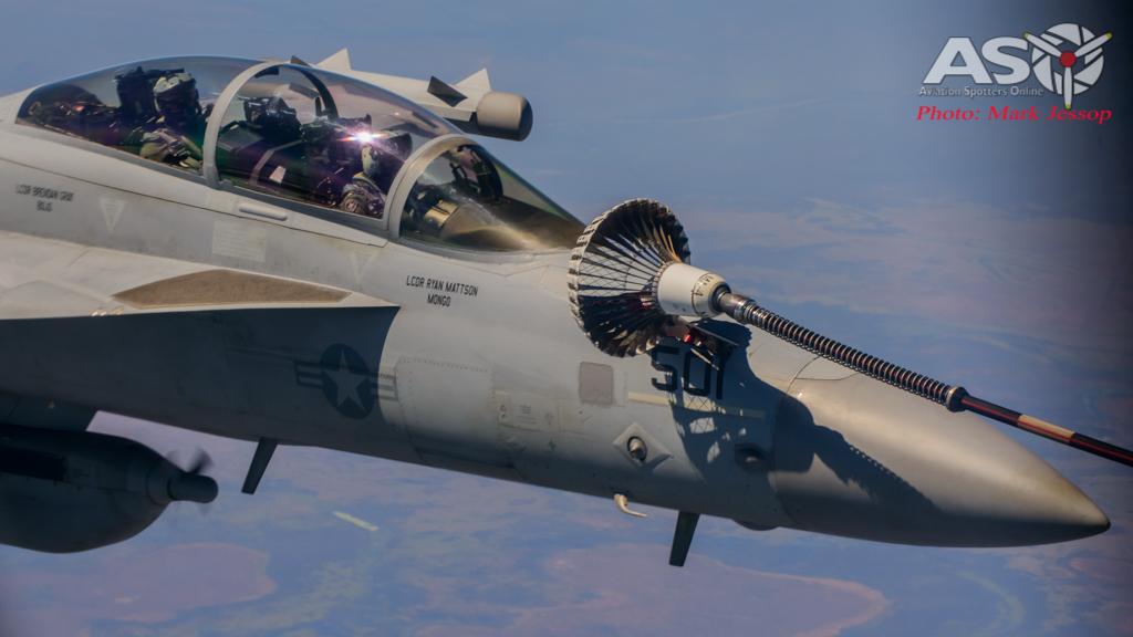 tanker air to air_-53