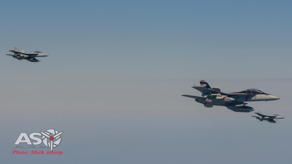 tanker air to air_-68