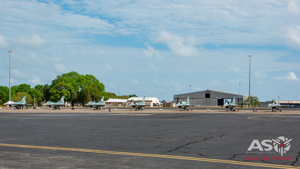TNI-AU F-16C flightline