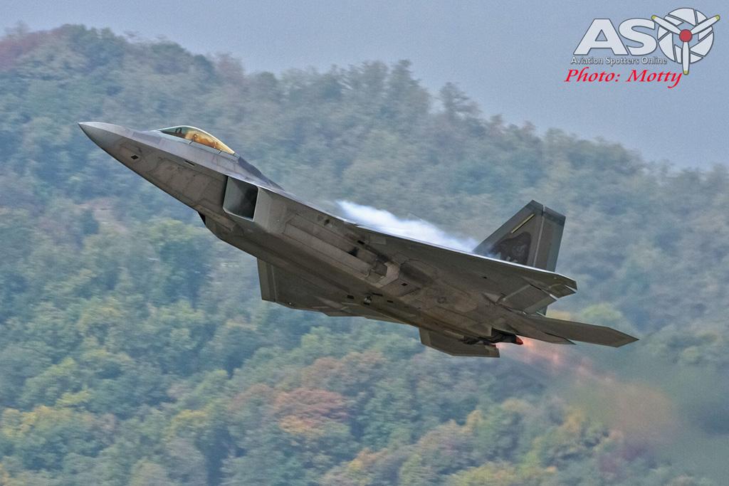 Mottys-F-22-Seoul-ADEX-2015-1561-DTLR-1-001-ASO