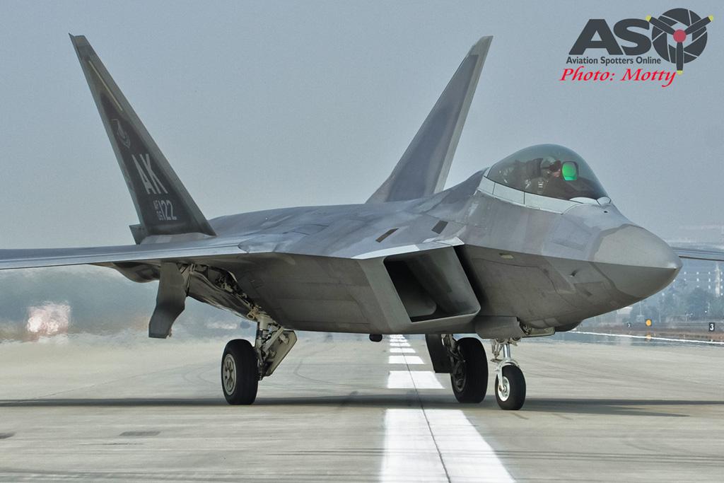 Mottys-F-22-Seoul-ADEX-2015-2145-DTLR-1-001-ASO