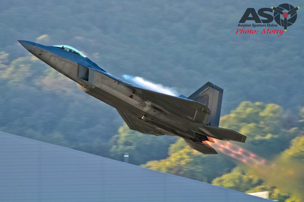 Mottys-F-22-Seoul-ADEX-2015-7929-DTLR-1-001-ASO