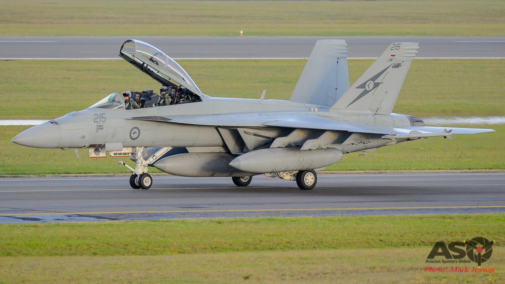 F/A-18F Super Hornet A44-215 6SQN