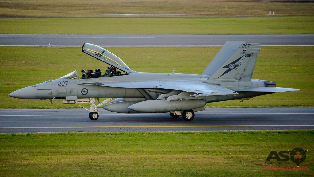 F/A-18F Super Hornet A44-207 1SQN