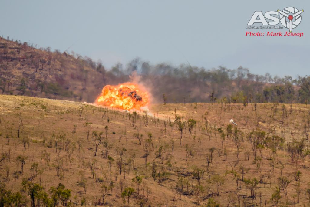 Mk-83 High drag detonating on target