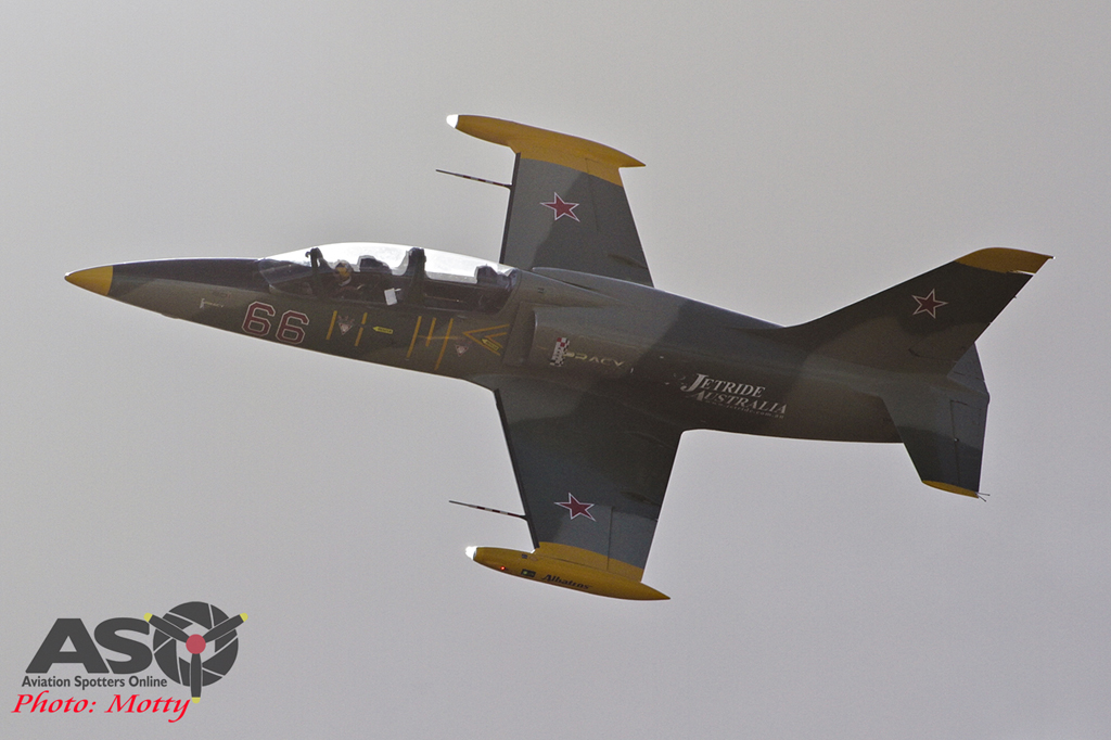 Mottys L-39 VH-IOT 0004 HVA 2015