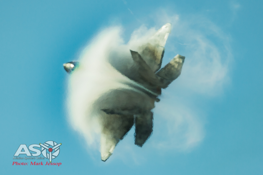 """USAF F-22 and that \""""moment\"""""""