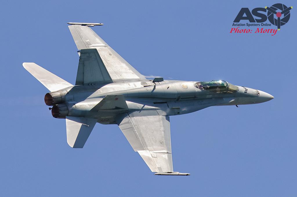 Mottys-Newcstle Coats Hire V8 Supercars RAAF Hornet Display-1049-ASO