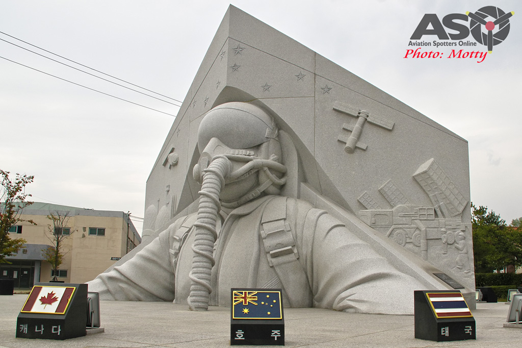 Mottys-Osan-ROKAF-Monument-2016-1729-DTLR-1-001-ASO