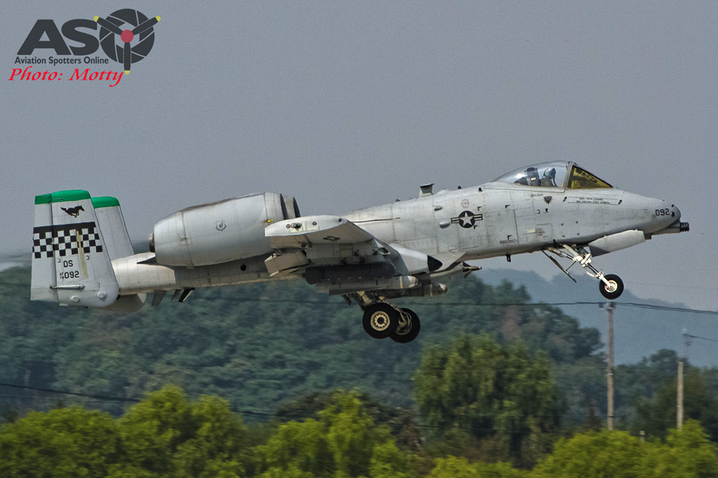 Mottys Osan Air Power Day 2016 USAF CSAR Demo A-10-0020 ASO