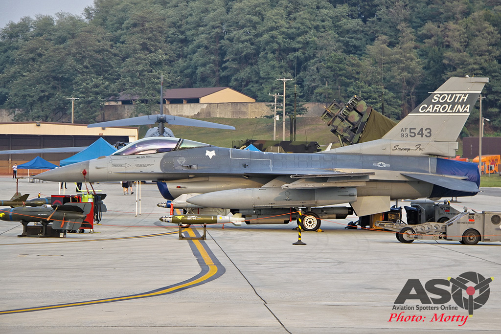 Mottys Osan Air Power Day 2016 USAF F-16C 169th-FW 93-543 0020-ASO
