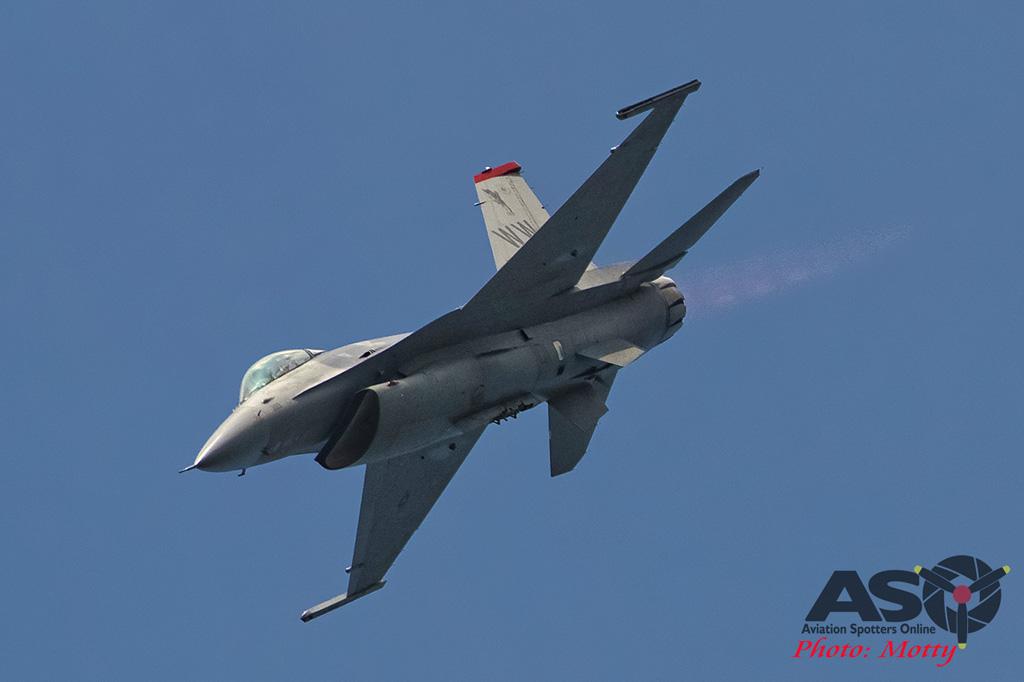 Mottys Osan Air Power Day 2016 USAF F-16C 35th-FW 91-399 0100-ASO