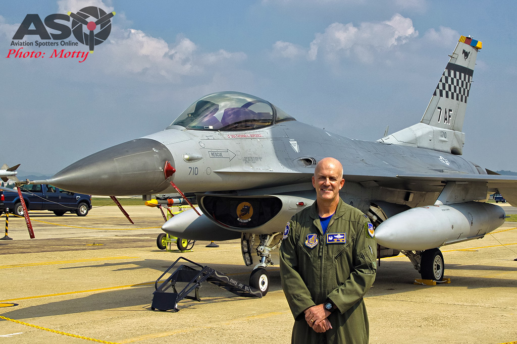 Mottys Osan Air Power Day 2016 USAF F-16C 51st-FW 90-710 0030-ASO