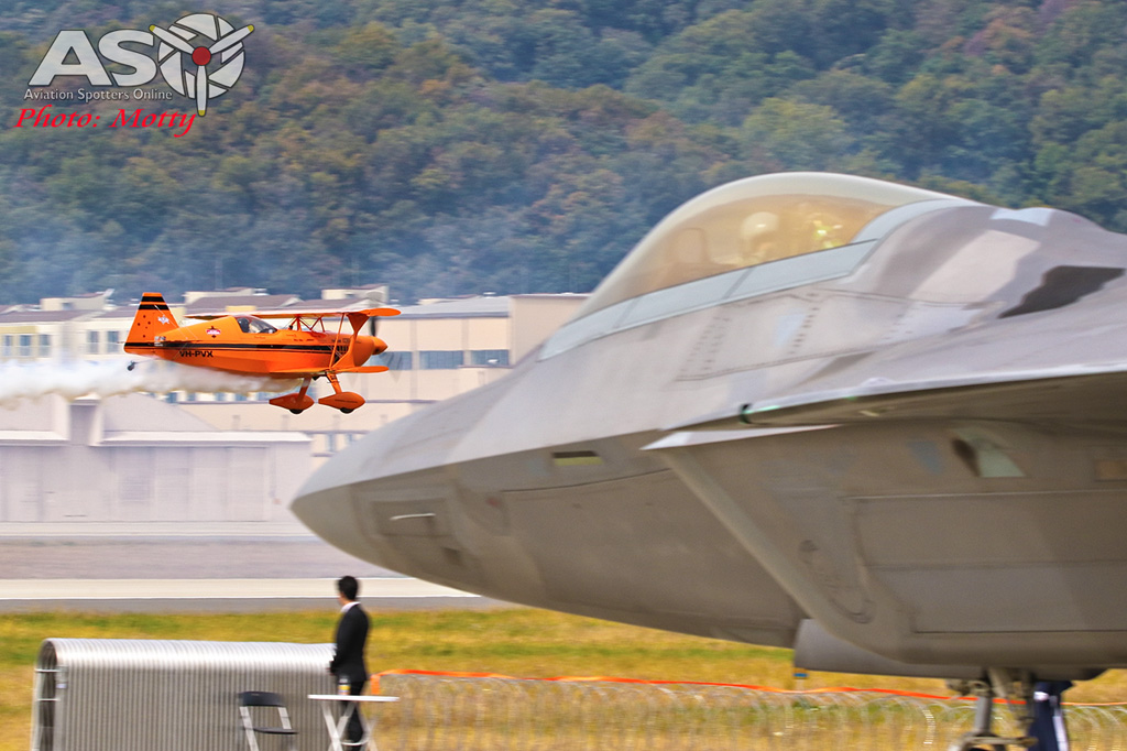 Mottys-Paul-Bennet-Airshows-Seoul-ADEX-2017-1-WED-1138-ASO