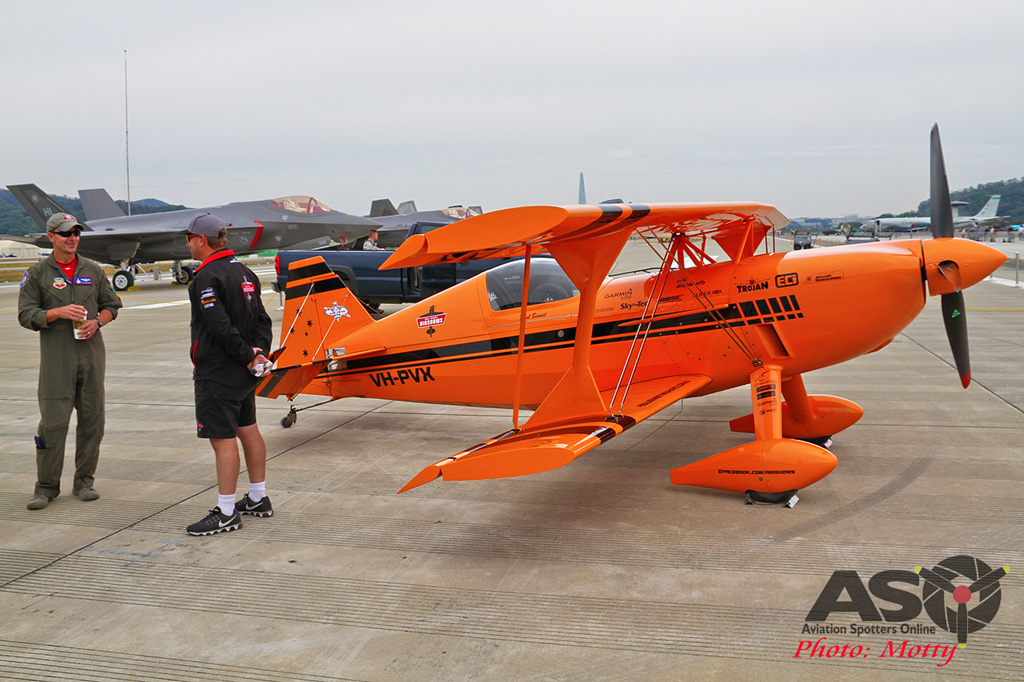 Mottys-Paul-Bennet-Airshows-Seoul-ADEX-2017-1-WED-4266-ASO
