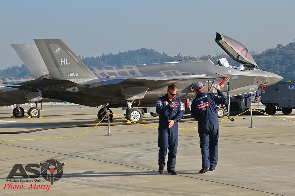 Mottys-Paul-Bennet-Airshows-Seoul-ADEX-2017-4-SAT-9+_3409-ASO