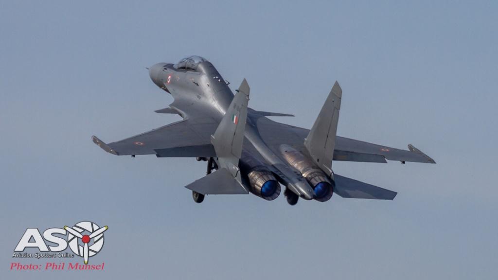 Sukhoi Su-30MKI lift off