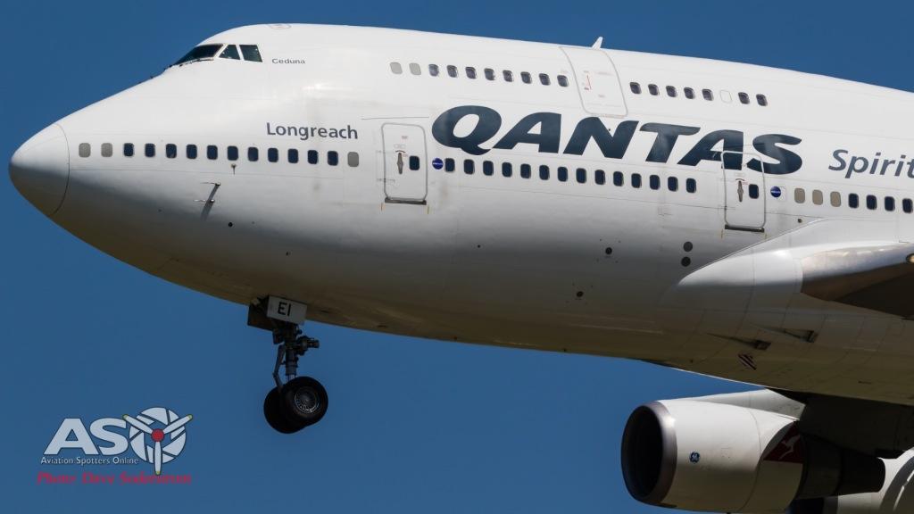 VH-OEI-QANTAS-747-438ER-ASO-2-1-of-1