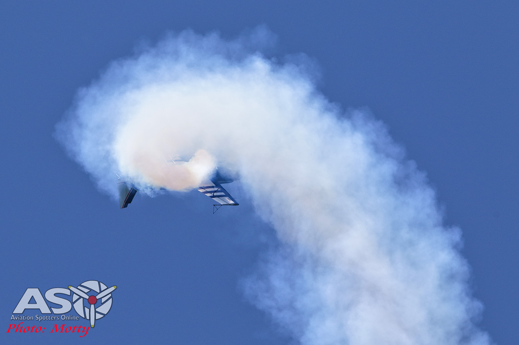 Mottys-Rathmines-2017-Paul-Bennet-Airshows-Rebel-300-VH-TBN-2649-ASO