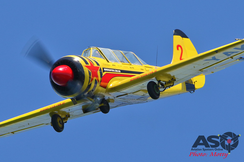 Mottys-Rathmines-2017-Paul-Bennet-Airshows-Yak-52-VH-MHH-4491-ASO
