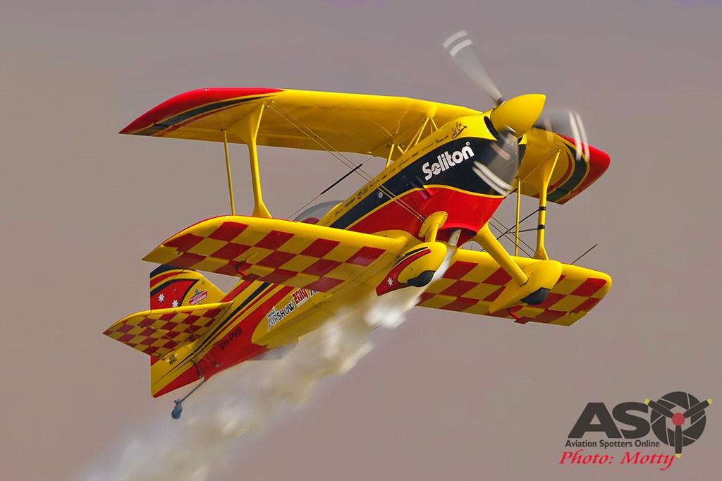 Mottys-Sacheon-Paul-Bennet-Airshows-05361-ASO