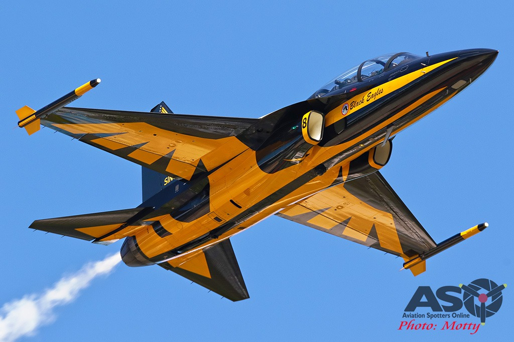 Mottys-Sacheon-ROKAF-Black-Eagles-T-50B-03093-ASO