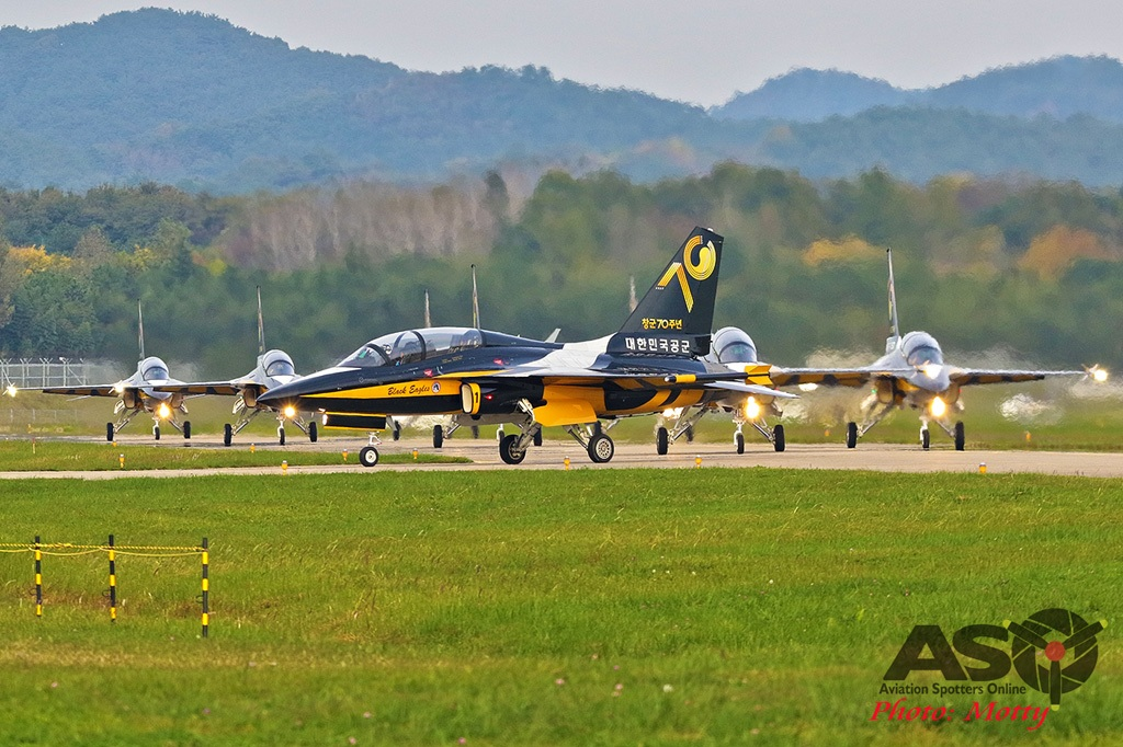 Mottys-Sacheon-ROKAF-Black-Eagles-T-50B-12611-ASO