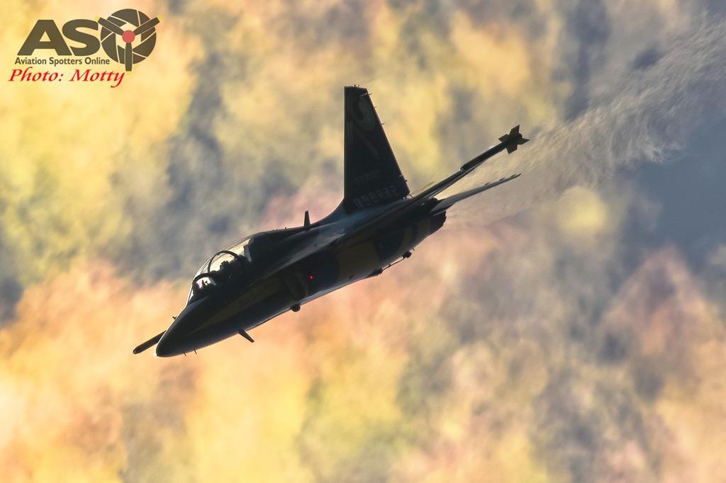 Mottys-Sacheon-ROKAF-Black-Eagles-T-50B-03759-ASO