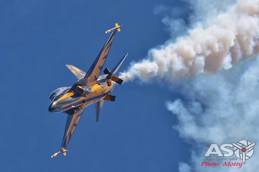 Mottys-Sacheon-ROKAF-Black-Eagles-T-50B-04074-ASO