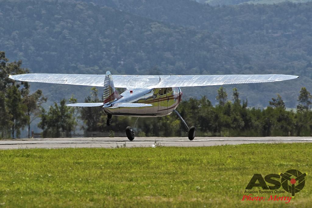 Mottys Flight of the Hurricane Scone 2 9999_561 Cessna 195 VH-KXR-001-ASO