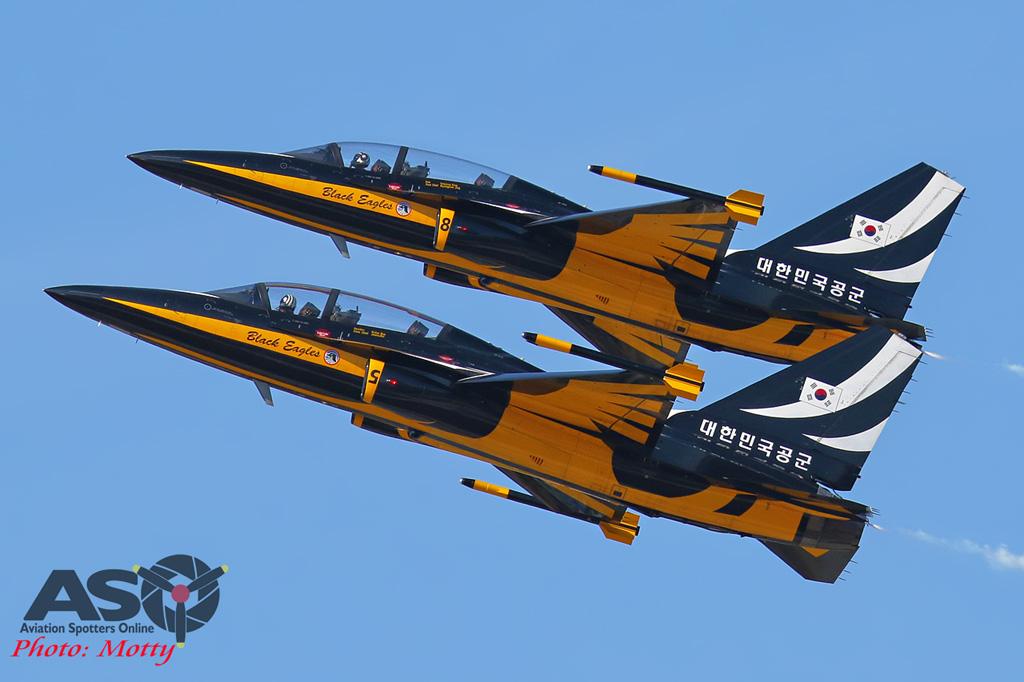 Mottys-ROKAF-Black-Eagles-KAI-T-50-Seoul-ADEX-2017-5-SUN-1242-ASO