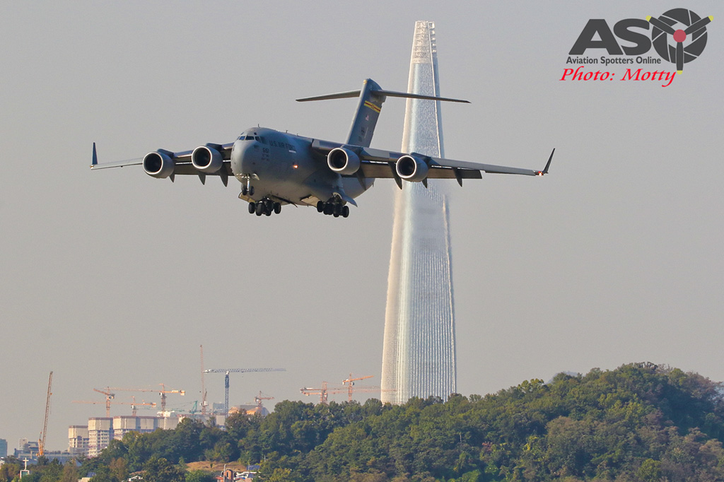 Mottys-USAF-C-17-Globemaster-III-Seoul-ADEX-2017-3-FRI-9053-ASO