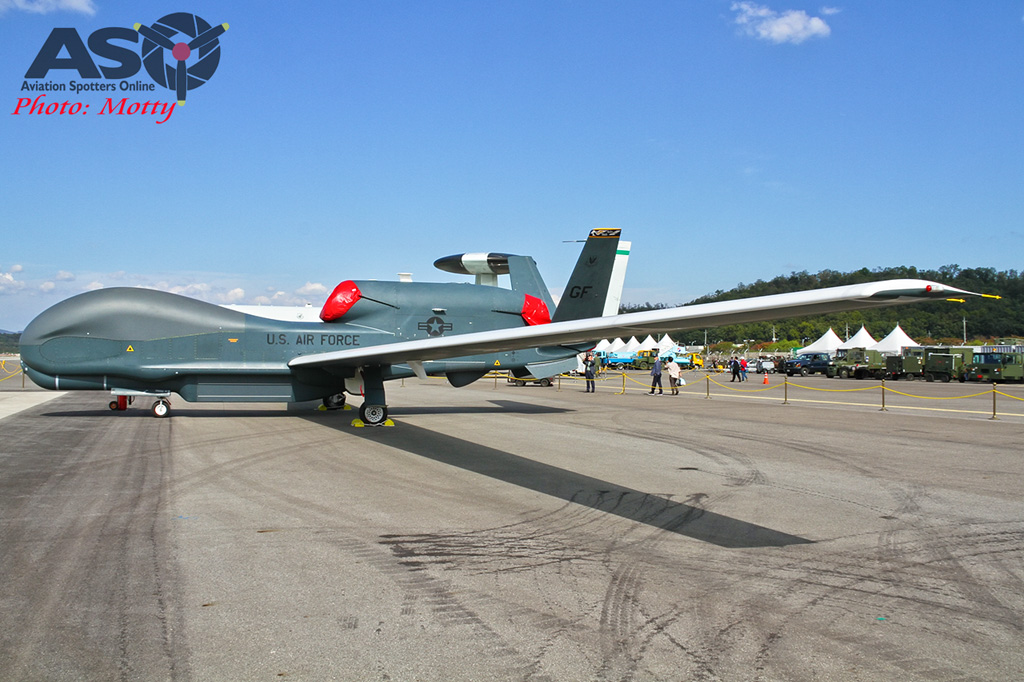 Mottys-USAF-Global-Hawk-Seoul-ADEX-2017-2-THUR-4395-ASO