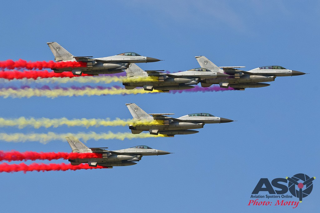 Mottys-Seoul-ADEX-2019-Flypasts-01928-DTLR-1-001-ASO