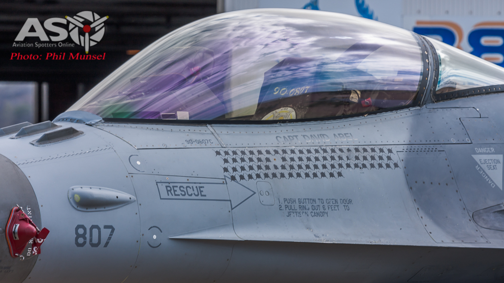 USAF F-16 (60)