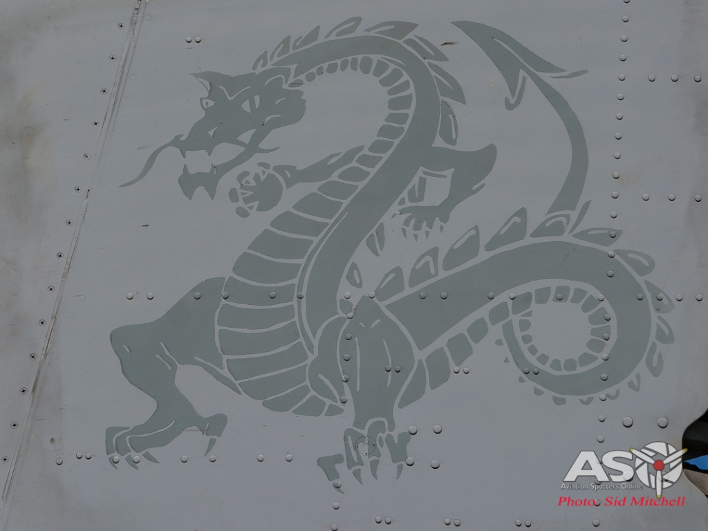 "VMM-268 \""Red Dragons\"" insignia"