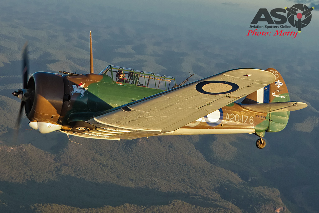 Mottys Paul Bennet Airshows Wirraway VH-WWY A2A 0290-ASO