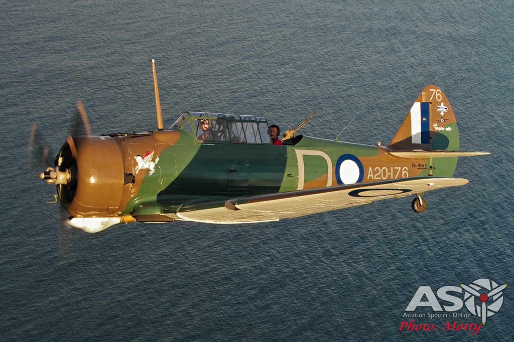 Mottys Paul Bennet Airshows Wirraway VH-WWY A2A 0350-ASO