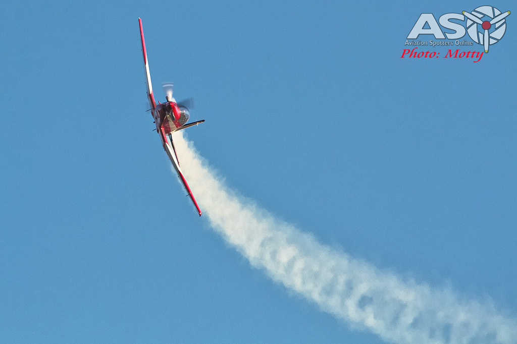 Wings Over Illawarra 2016 RAAF Roulettes-102