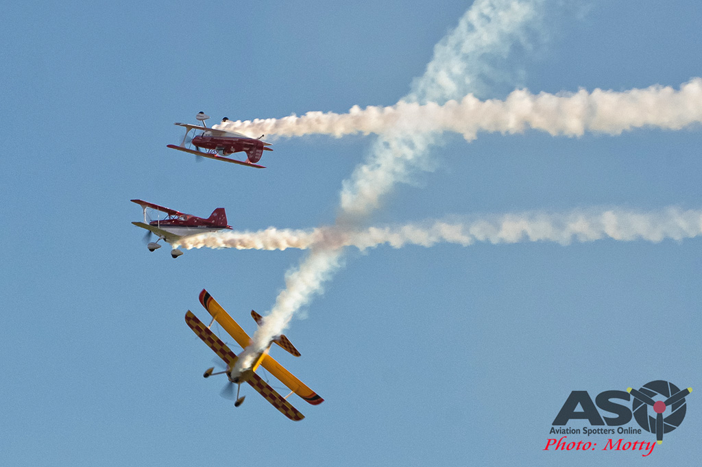 Wings Over Illawarra 2016 Sky Aces-143