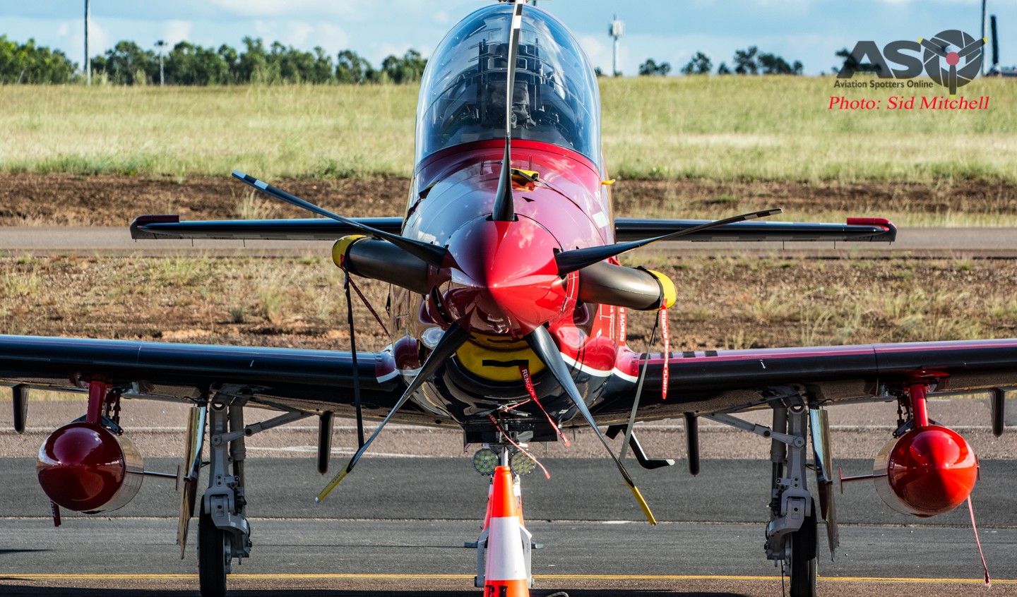 Two plus Two – Pilatus PC-21 A54-003 and A54-004 touchdown in Darwin